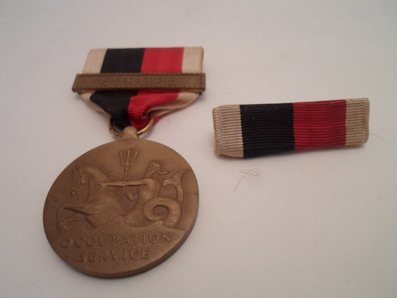 United States Navy Vintage Europe Occupation Medal for Service Eagle and Anchor Neptune