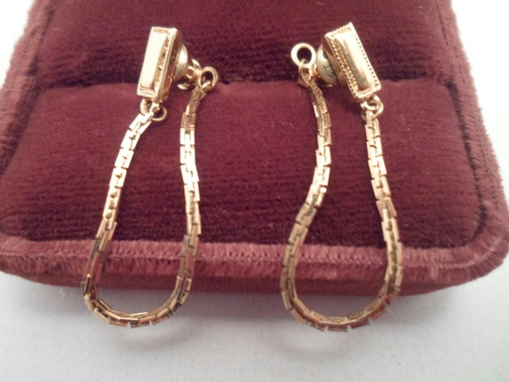 Vintage Box Chain Front to Back Loop Earrings Pierced Gold tone 80's Look Cool and Clean
