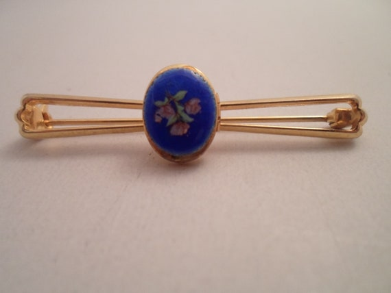 Vintage Unusual Picture Locket Bar Pin Hand Painted Enamel Oval Brilliant Royal Blue Tiny Lavender Flowers Rare find