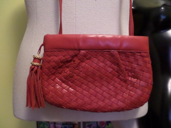Beautiful soft leather vintage 80's lipstick red crossbody tassle purse Jay Herbert