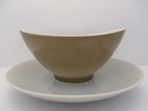 Mikasa Elite Sandalwood Sauce Bowl on plate Vintage Mid-Century Modern design
