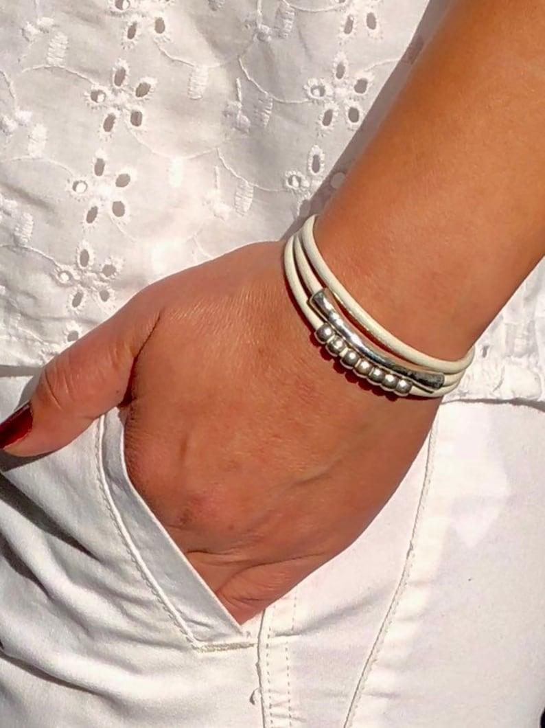Women/'s Leather Bracelet White Cord Wrap Bracelet Antique Silver Beads Boho Bracelet Leather Jewellery Gift For Women