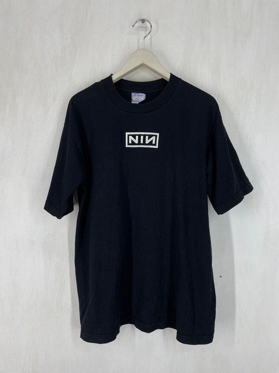Vintage 90s Nine Inch Nails NIN band tee L
