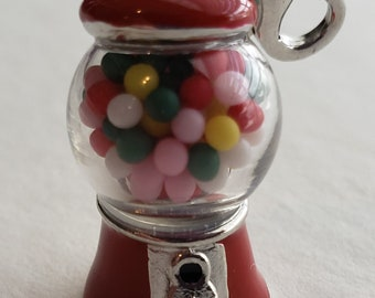 Vintage Vending Gumball Machine Prize Toy Metal Charm Bugs Bunny TV