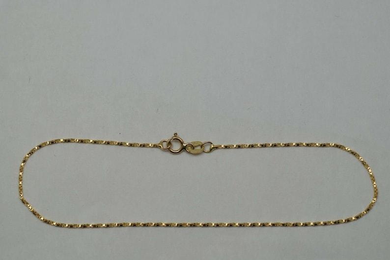 10K gold fine twisted box link ankle bracelet