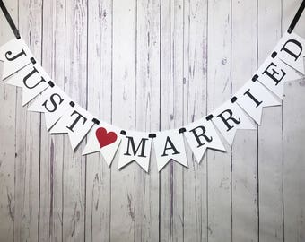 Just Married Banner, Just Married Prop, Getaway Car Sign, Married Car Sign, Wedding Photo Sign, Wedding Car Sign, Bridal Banner, Garland