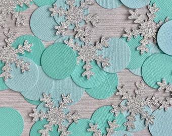 50 Snowflake Confetti, Winter Onederland Party, Baby Its Cold Outside Baby Shower, Winter 1st Birthday Confetti, Onederland Birthday Decor