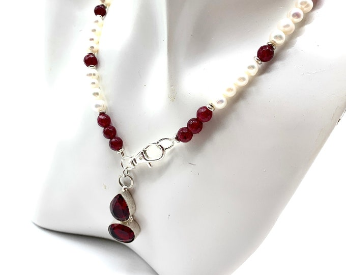 Pearl and garnet long beaded necklace with gem pendant, long pearl strand with garnet pendant, mother of the bride gift, gift for mom