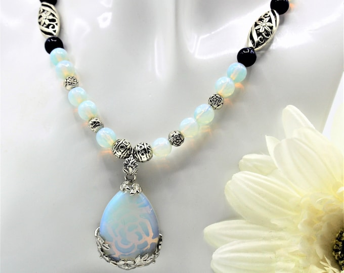 Moonstone pendant beaded necklace, Lapis Lazuli accents necklace, unique accessory for her, elegant statement necklace, gift for mom