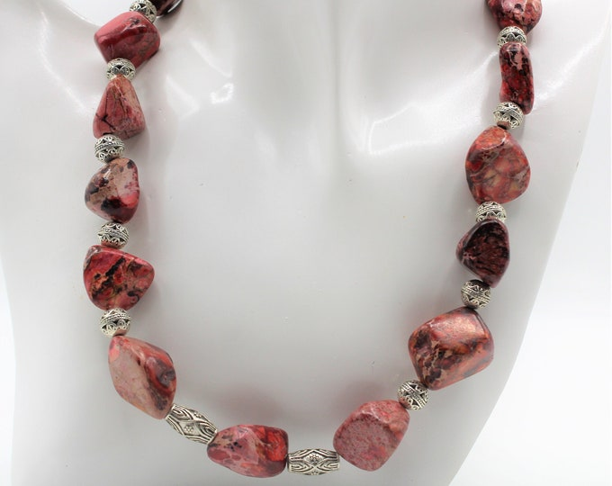 Pink chunky choker, natural red jasper choker, beaded statement necklace, plus size choker, everyday accessory