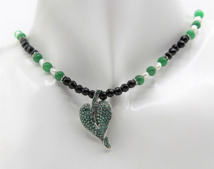 Emerald pendant beaded necklace, emerald and black agate necklace, silver and gem pendant necklace, emerald choker, unique gift for her