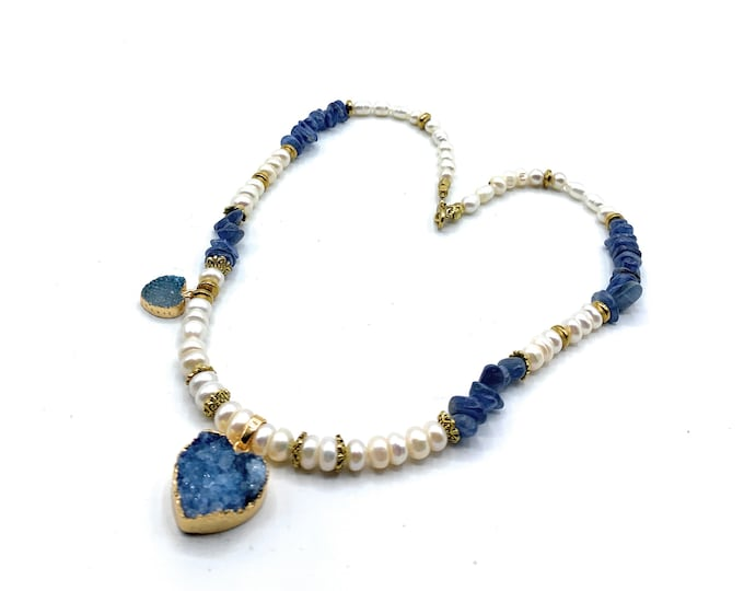 Heart pendant beaded necklace, Druzy agate heart pendants in blue kyanite and pearl strand, unique Valentine's Day gift for her