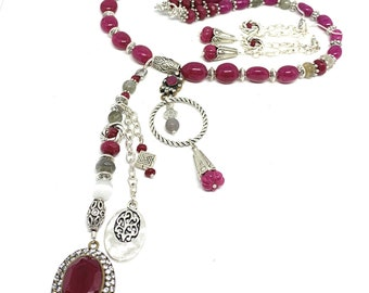 Ruby lariat beaded necklace and earrings set, elegant statement set, glamour necklace and drop earrings set, unique bridal accessory