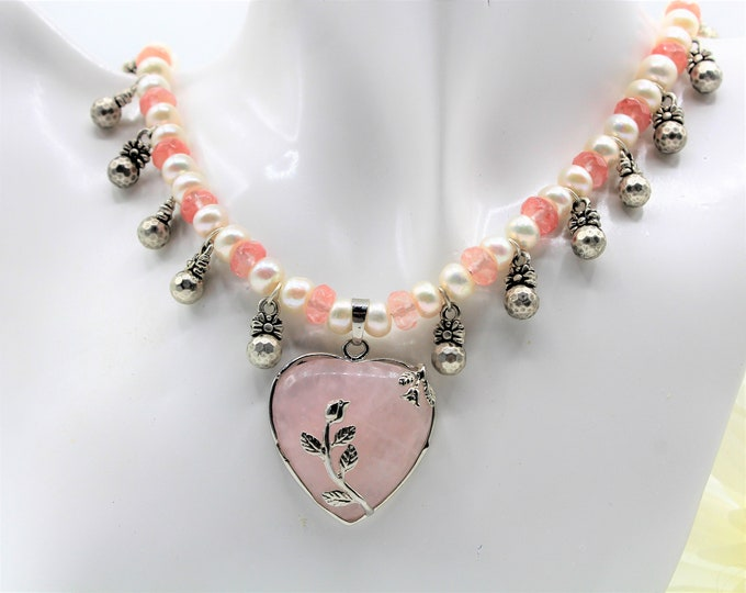 Rose quartz heart pendant beaded necklace, pink heart and pearl accessory, Valentine's day gift, plus size pink choker