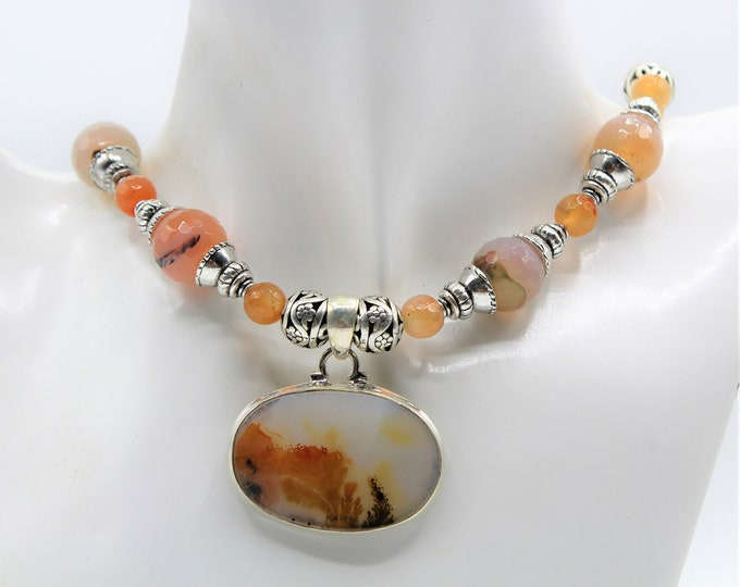 Agate and silver pendant beaded choker, unique dendritic agate pendant necklace, agate statement necklace, fall colors romantic gift