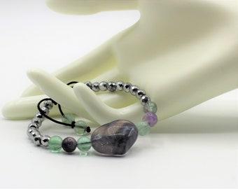 Heart charm gemstone bracelet,Fluorite and hematite macrame bracelet, colorful beaded bracelet
