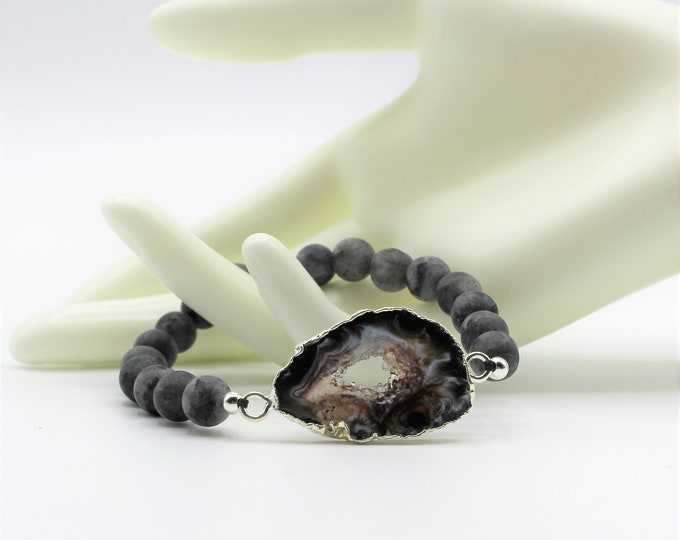 Black Druzy agate beaded bracelet, labradorite and agate stretch bracelet, gemstone stacking bracelet