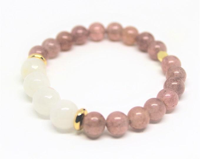 Purple and white beaded bracelet, purple quartz stacking bracelet, stretch bracelet, colorful accessory, unique gift idea for her