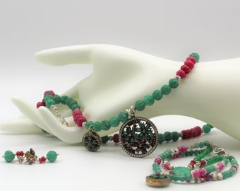 Beaded emerald necklace, bracelet and earrings set, ruby 3 piece statement set, emerald and ruby floral set, women jewelry set