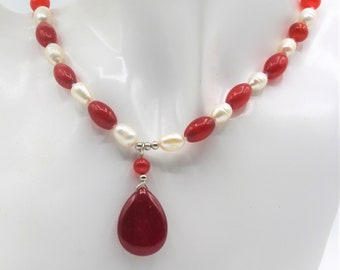 Ruby and pearl beaded necklace, SPECIAL OFFER, gemstone pendant necklace, delicate gift for women, elegant women accessory