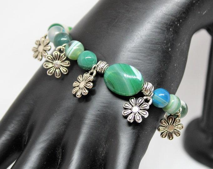 Agate and silver beaded bracelet, floral motif bracelet, charm stacking bracelet, elegant accessory, unique gift idea for her