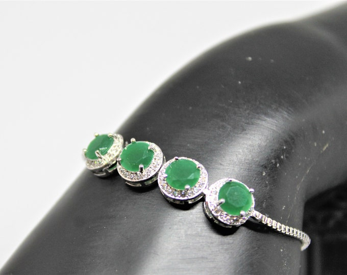 Natural emerald bolo bracelet, 925 Sterling silver bracelet, elegant accessory, gift for her, bridal accessory, glamour accessory