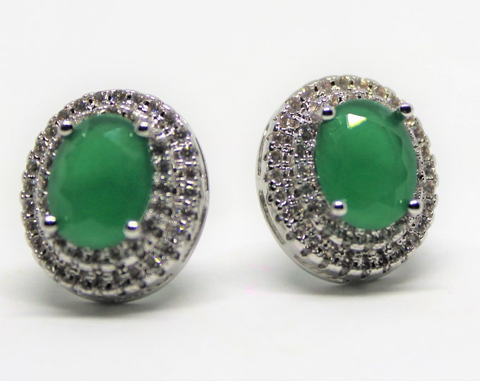 Natural emerald stud earrings, 925 Sterling silver earrings, bridal accessory, delicate gemstone earrings, perfect gift for her