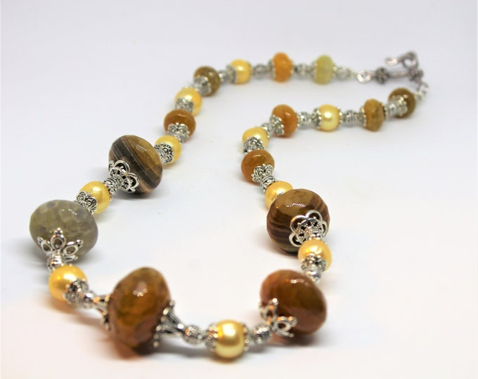 Agate and pearl beaded necklace, crackle agate statement necklace, unique gift idea for her, golden yellow necklace