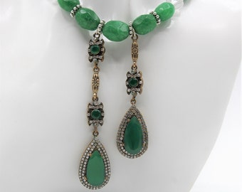 Real emerald beaded lariat, natural emerald statement necklace, double jewel pendants, bridal accessory, Hollywood glamour,wedding accessory