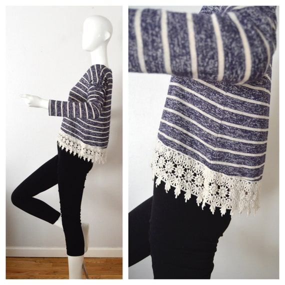 Blue Striped Cropped Top Embroidered Lace Trim Blouse 90s Lace Crop Top Sweater Knit Crop Top Blouse Womens Small Medium