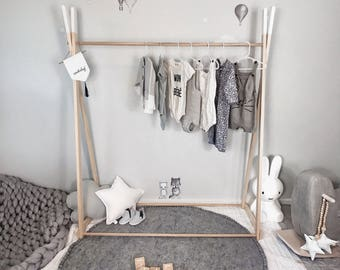 My Little Giggles Kids Wooden Clothes Rack / Dress Up Clothes Rail / Market Display - 150cm High