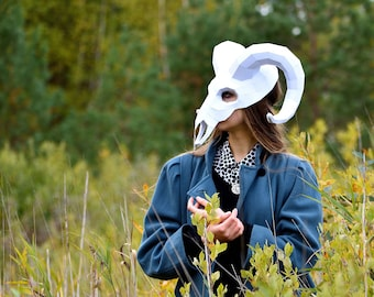 Ram Skull papercraft Mask, Download and make your own party mask, Instant Pdf template download, DIY Halloween mask