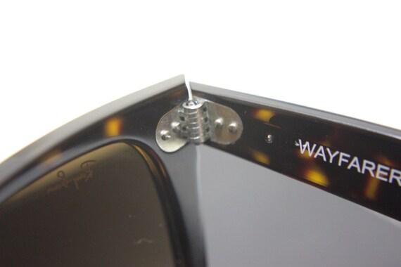 ray ban wayfarer screws