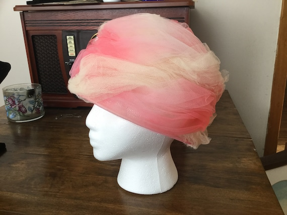 Vintage Hat with Swirls of Pink Tuille * Original… - image 2
