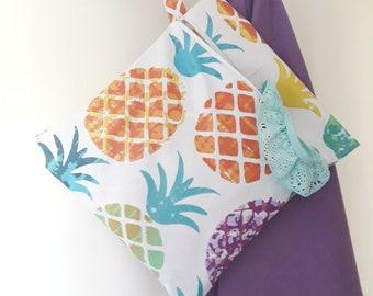 Pochette imperméable - sac à maillot mouillé ou sac à couches lavables (ananas mulitcolores)