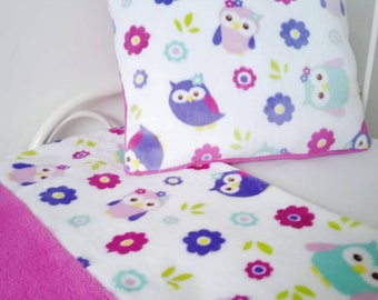 Baby blanket and cushion coordinated Owl theme (white and pink fuchsia)