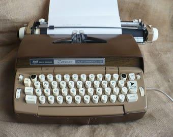 Vintage Smith Corona Typewriter, Electric Typewriter, Smith Corona Coronet Automatic 12