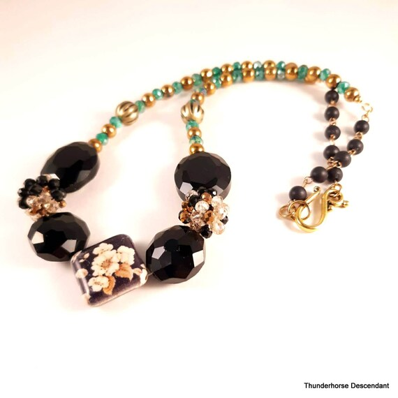Floral Printed Howlite Necklace