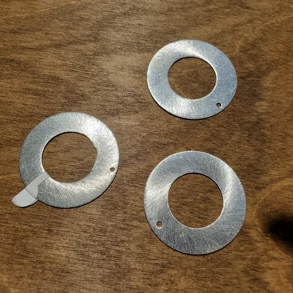 Brushed Silver Pendant Circle Fame Shape