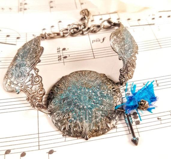 Artisan Made Vintaj Blue Arrow Bracelet
