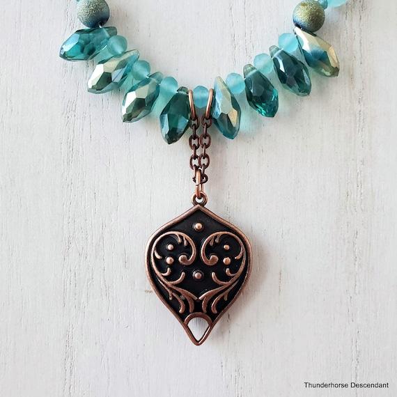 Light Aqua Spring Rain Crackle Agate Necklace