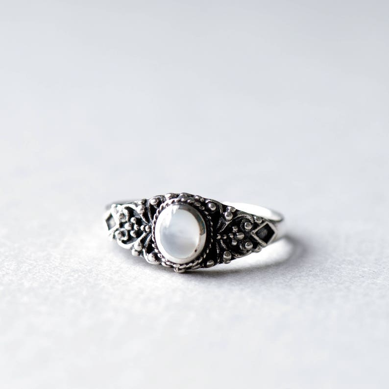 Mother of Pearl Ring Oval Ring Boho Ring 925 Sterling image 0