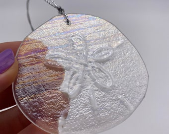 Iridescent Sand Dollar Stained Glass(1)