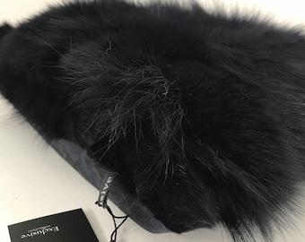 Decorative pillow 40 * 40 cm made of genuine arctic  fox fur