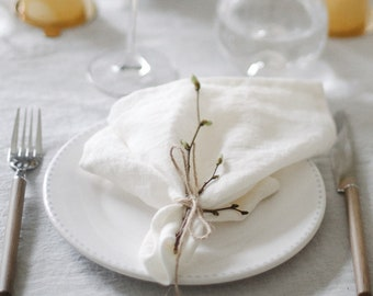 Linen napkins. Off white linen table napkins. Set of linen napkins. Stone washed. Eco friendly. Handmade linen napkins. Ivory napkins