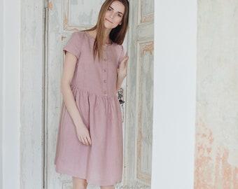 Linnen zomerjurk met knop sluiting FARO. 16 kleuren verkrijgbaar. Korte mouwen jurk voor vrouwen. Gewassen linnen jurk.