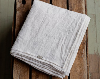 Stone washed white linen sheet. Linen bed sheets. Flat linen bed sheets. White flat sheet linen. Queen linen sheets, king sheets.