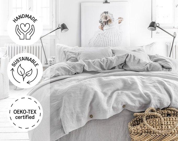 Linen bedding set in Light Gray. King / Queen linen duvet cover set with 2 pillowcases.