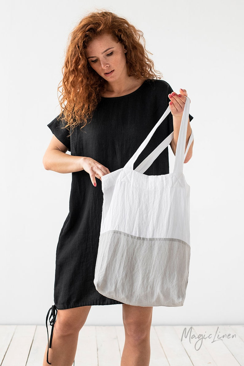 Color-block linen tote bag. Linen bag in white and gray image 1