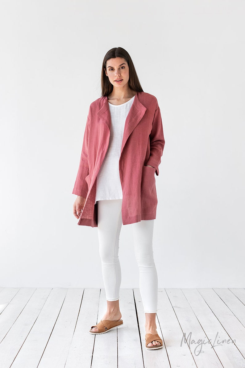 Come discover these Over 50 Fashion: Running Errands Comfy Cute Pieces! Linen blazer with oversized fit and pockets! #fasionover50